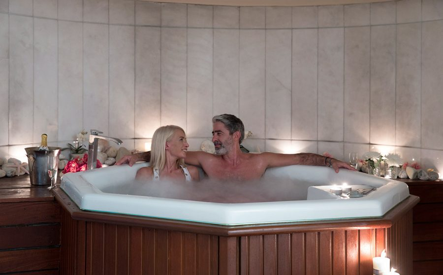 Couple in the spa jakuzi